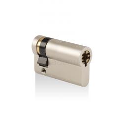 Pollux demi-cylindre européen